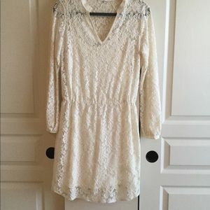 Red Haute Size M Ivory Lace Dress